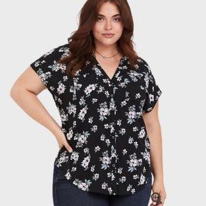 Torrid black floral dolman challis blouse, EUC